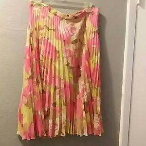 NWOT Loft Pleated Skirt, multi colored